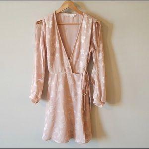 ASTR the Label flowey romantic wrap dress